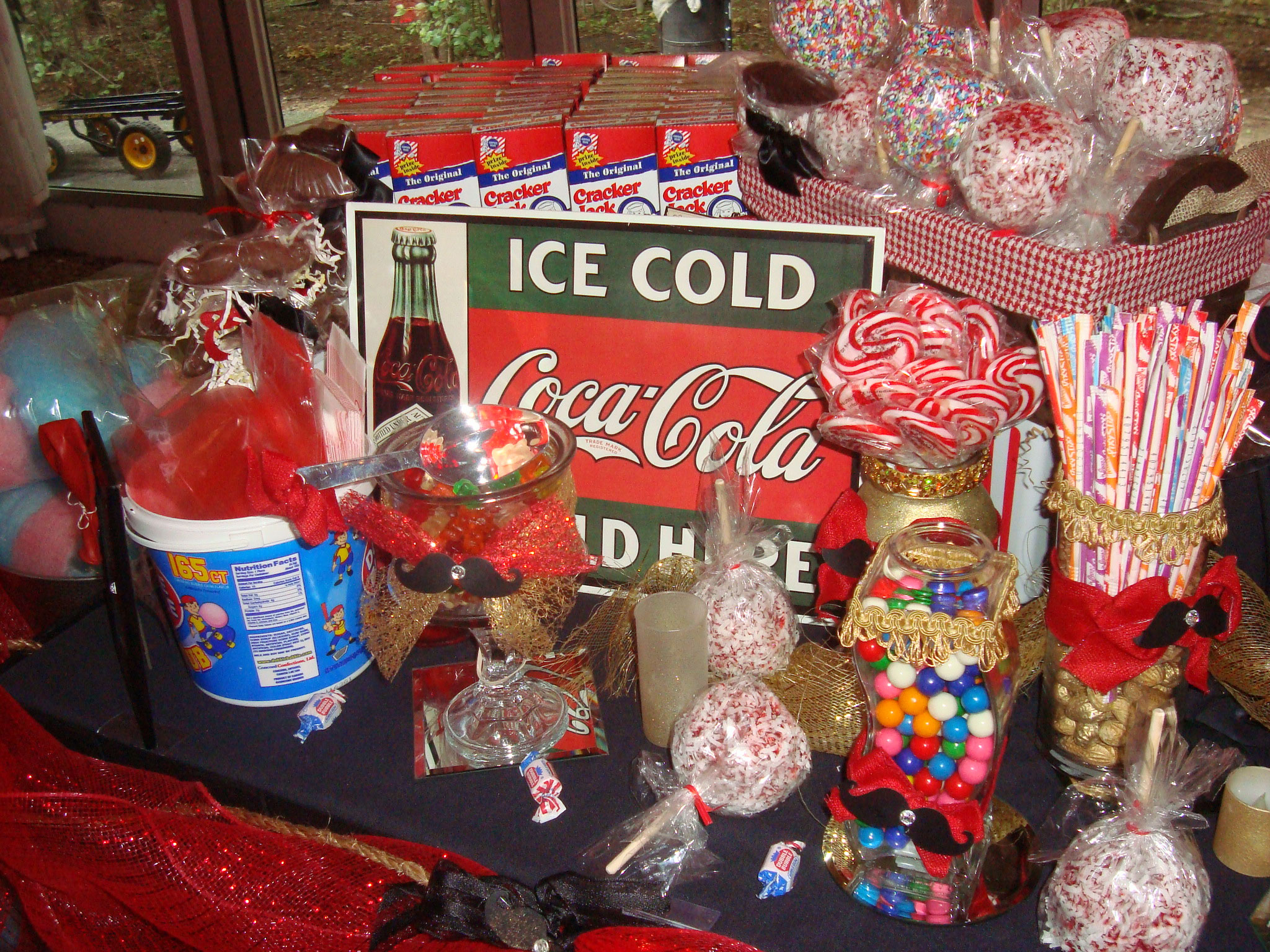 VC-Candy-Table-Old-Fashioned-Sign - Event Elegance